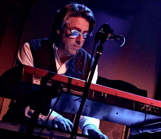 Baxter Robertson playing keyboards for Chrome Deluxe